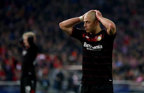 Chicharito no estará ante el Bayern Munich
