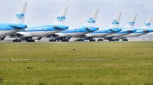 Flight staff of Dutch airline KLM agree on wage cuts, trade union says