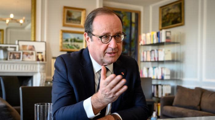 """Loi """"sécurité globale"""" : François Hollande demande le retrait du texte, pour """"l'honneur"""""""