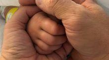 USA, zio taglia la gola a bambina: urla dal baby monitor