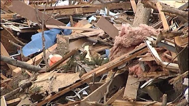 Obama OKs disaster funding for 15 tornado-hit Illinois counties