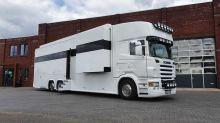 Este motorhome de lujo es una vivienda basada en un camión Scania
