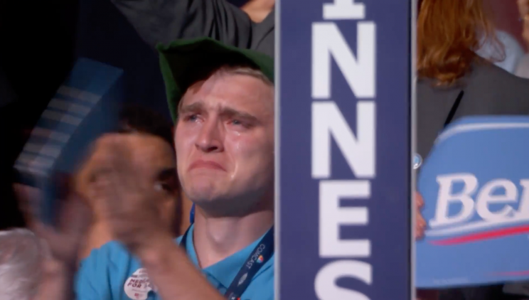 <p>Crying 'Peter Pan' Bernie delegate Sean Kehren reacts to Bernie Sanders' speech. (Screenshot: YouTube/DNC) <br></p>