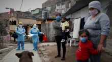 En plena pandemia, el humilde mototaxi se abre paso para vacunar a los peruanos