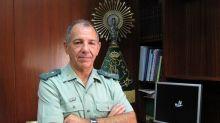 Interior aparta al 'número 3' de la Guardia Civil en plena crisis