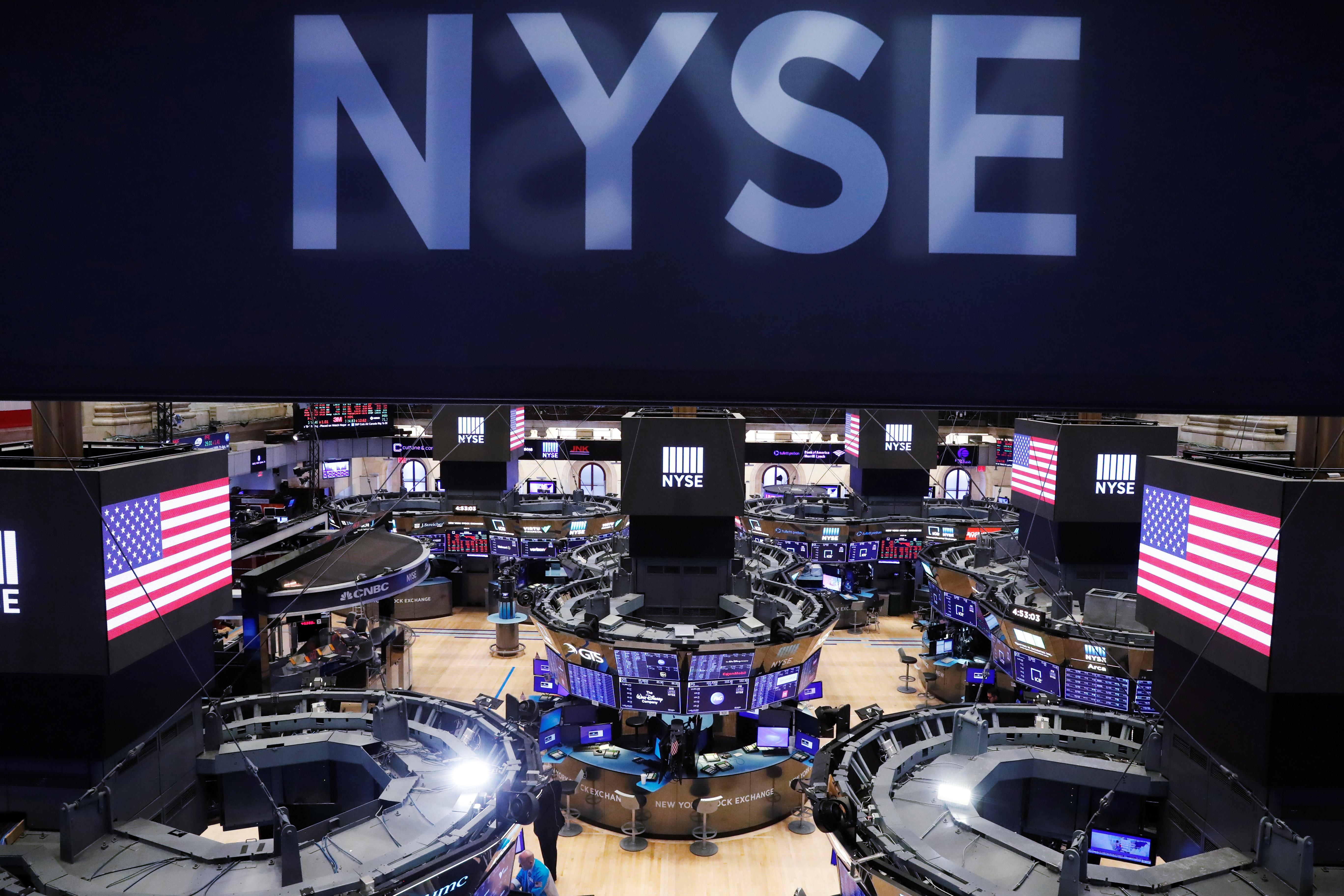 Stock futures point to further losses