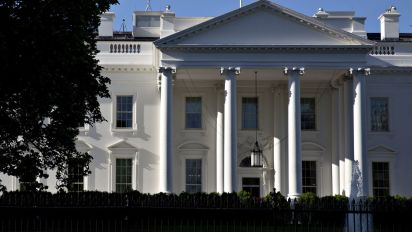 White House open to limiting state tax break