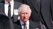 El príncipe Carlos, el 'Cuasi-Rey', con la responsabilidad de 'unir a la familia'
