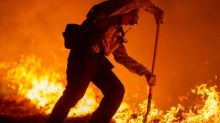 US wildfires: Death toll climbs as blazes continue to rage