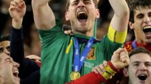 Goleiro espanhol Iker Casillas anuncia aposentadoria