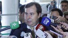 'Tudo que vai contra a liberdade de imprensa prejudica o país', afirma Maia ao condenar declarações de Bolsonaro