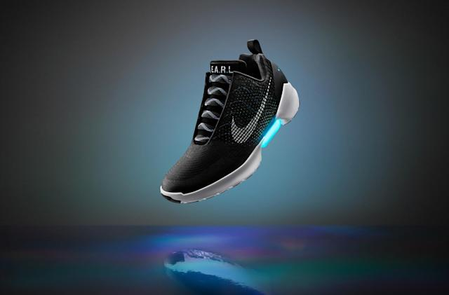 Nike's self-lacing HyperAdapt shoes go on sale November 28th