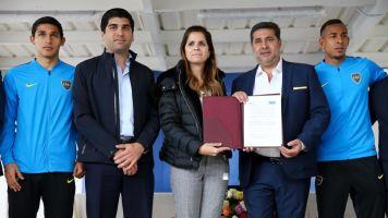 Boca Juniors firma un convenio para cooperación social en Ecuador
