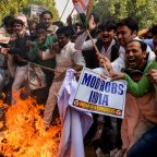 Indian police arrest six as inquiry widens into bank fraud