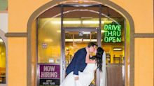 You have to see this Taco Bell-themed wedding photo shoot