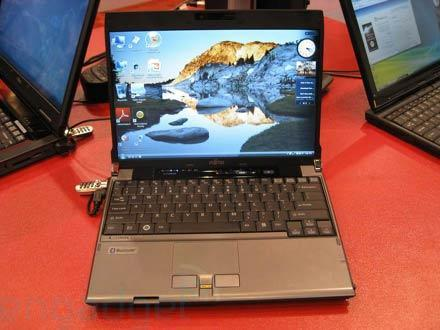 Hands-on with Fujitsu's P8010 laptop