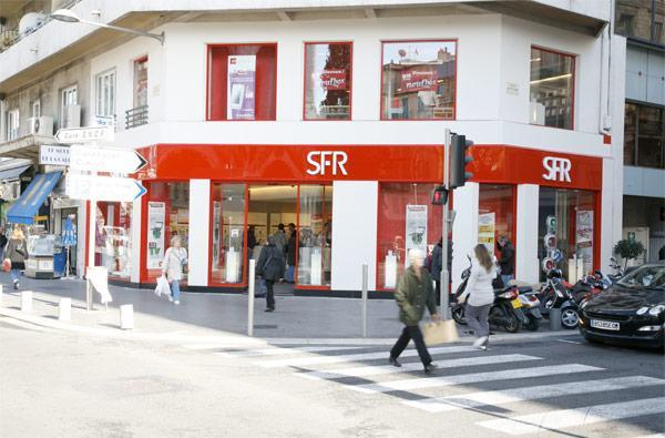 Vodafone exits France, collects billions while selling its stake in SFR