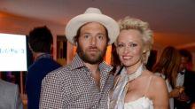 Pamela Anderson et Rick Salomon, Victoria et David Beckham... Ces stars qui se sont mariées deux fois ensemble