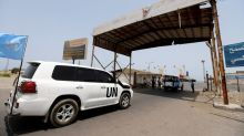 U.N. moves last grain from frontline store symbolic of Yemen's aid struggle