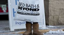 Bed Bath & Beyond Tumbles on Signs of Holiday-Season Slowdown