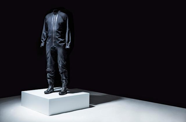 Virgin Galactic taps fashion brand Y-3 for space suit designs