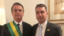 Aliados defendem Flávio Bolsonaro após avanço de investigações