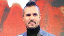 José Ron Olvida a ex con Geraldine Bazán