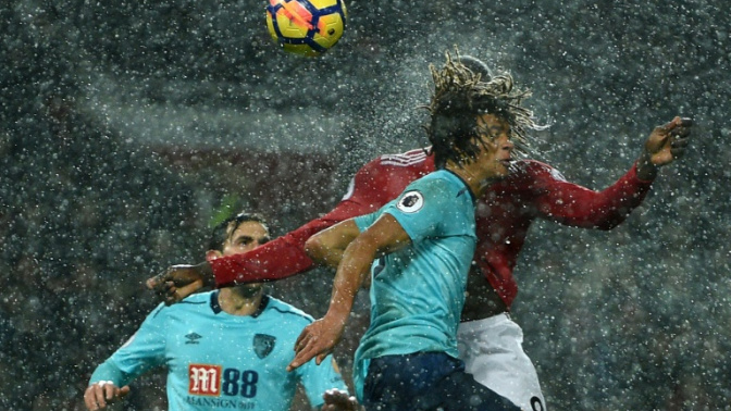Lukaku helps Man United over derby hangover