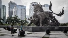 After Sudden Rout, China Stock Traders Question Beijing Put