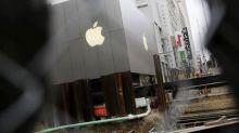Apple shares slump: 4 factors behind the fall