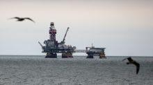 Barril de petróleo sube cerca de 3 pct impulsado por esperanzas de estabilización de economía