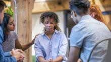 5 maneiras de ajudar alguém com depressão ou com pensamentos suicidas