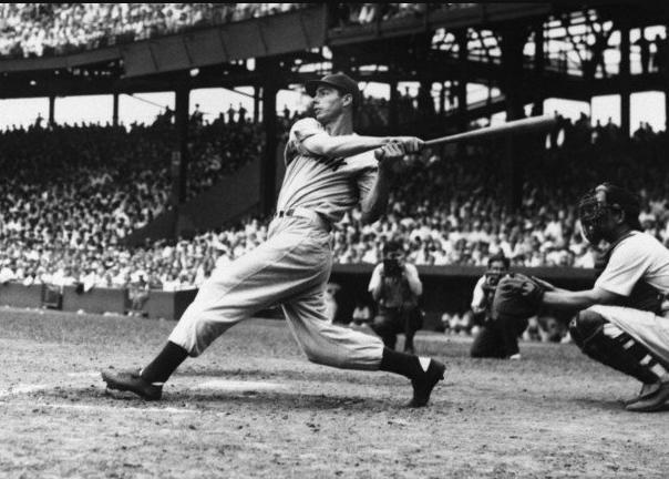 Five interesting facts from Joe DiMaggio's 56-game hitting ...