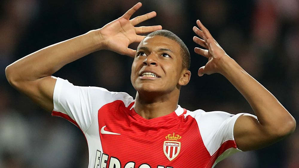 Il City molla Mbappè: troppi i 110 milioni chiesti dal Monaco, c'è Sanchez