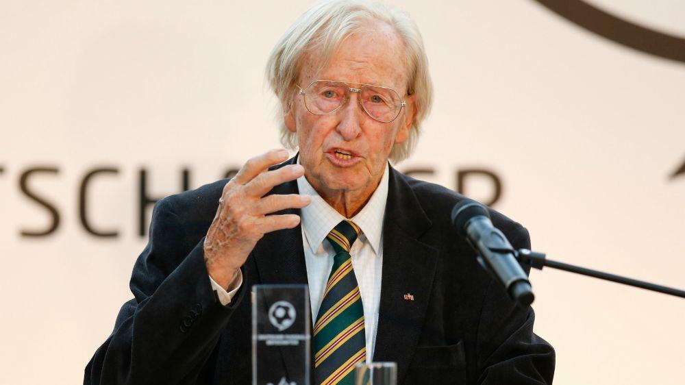 """Bin fit"": 90-jähriger Gutendorf bietet sich Bayer an"
