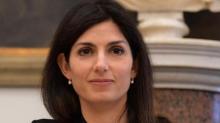 """Raggi contro Salvini: """"Lavora! o almeno provaci"""""""