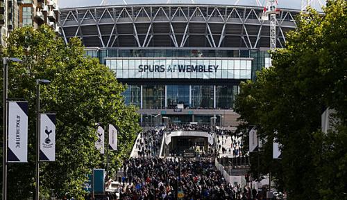 Premier League: Tottenham im Wembley Stadion: Ein Sehnsuchtsort als Fluch
