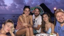 Bruna Marquezine circula sem aliança e alimenta rumores de fim do namoro com Neymar