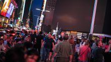 FOTOS   Así fue el apagón que dejó a oscuras a Broadway y Times Square