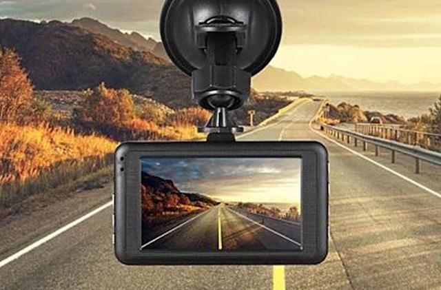 This $150 HD dash cam is just $30 today