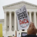 Judge: Trump administration must take new DACA applications