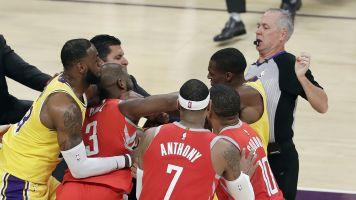 NBA looking into Rondo-Paul spit spat in LA