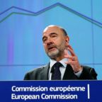 Britain can still avoid no-deal Brexit, says EU Commissioner Moscovici