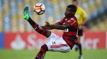 Sem ofertas convincentes, Lincoln fica e ganha atenção de Domènec no Flamengo