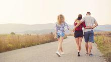 Polyamour : il ne peut faire autrement qu'aimer plusieurs femmes à la fois