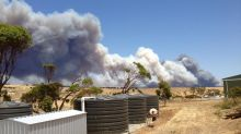 SA fire threat eases, Port Lincoln 'lucky'