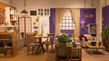"""Loja cria cenário inspirado em """"Friends"""" em São Paulo"""
