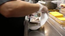 Wendy's extends hand to franchisees