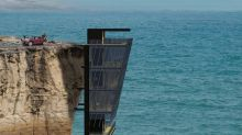 Extraordinary home in Australia clings to side of cliff