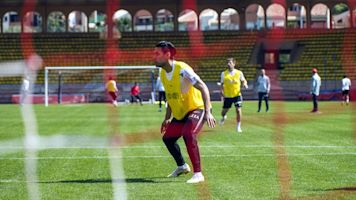 """Radamel Falcao espera que Mónaco """"muestre buena imagen"""" ante el PSG"""